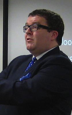 Tom_watson_communia2009_cropped.jpg
