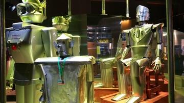 RUR-robots.jpg