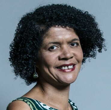Official_portrait_of_Chi_Onwurah_crop_3.jpg